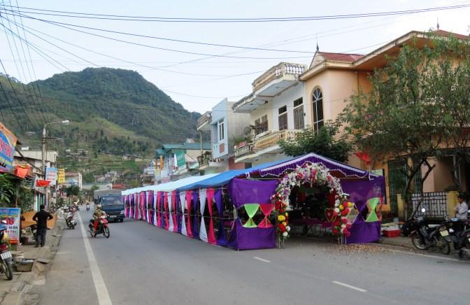 street-wedding