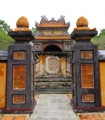 tu-duc-imperial-tomb-63