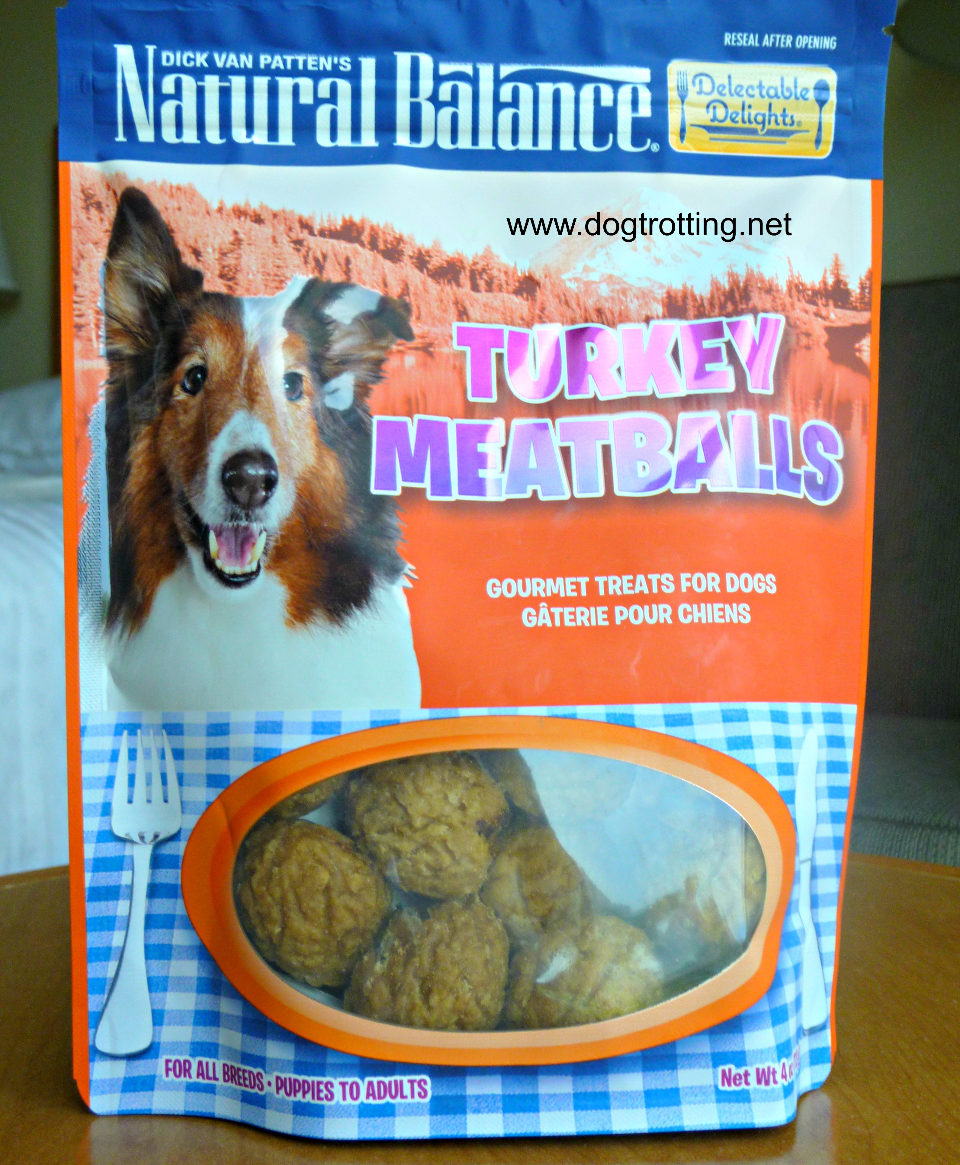 Dog treat review www.dogtrotting.net (turkey meatballs)
