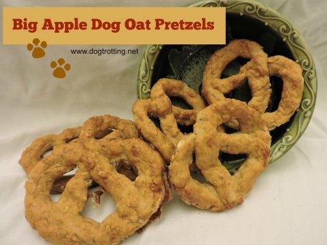 dog pretzels two dogtrotting.net