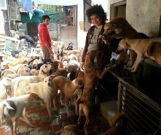 dog lover woman Pune