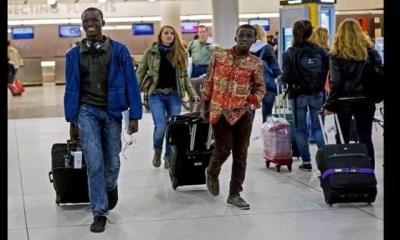 Les 10, Questions, Les Plus Ridicules, Pose , Africains ,étranger
