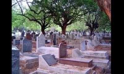 Vidéo,un Jeune Homme ,avoue Avoir ,couché ,nombreuses Filles ,cimetière