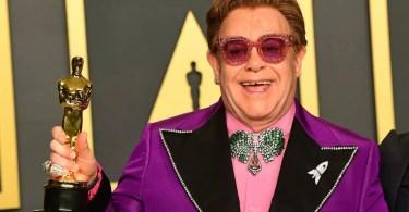 Elton John DoingBuzz