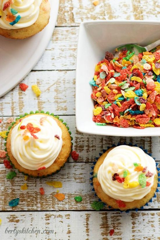 Fruity-Pebbles-Funfetti-Cupcakes-with-Key-Lime-Buttercream-7