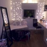 30 Beautiful DIY Bedroom Fairy Lights (13)