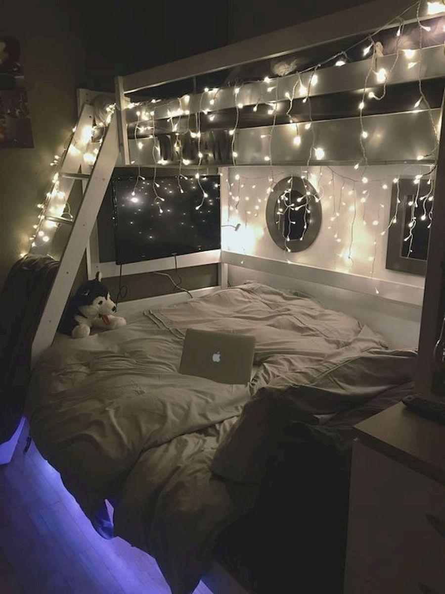 30 Beautiful DIY Bedroom Fairy Lights (20)