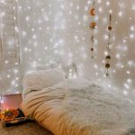 30 Beautiful DIY Bedroom Fairy Lights (23)