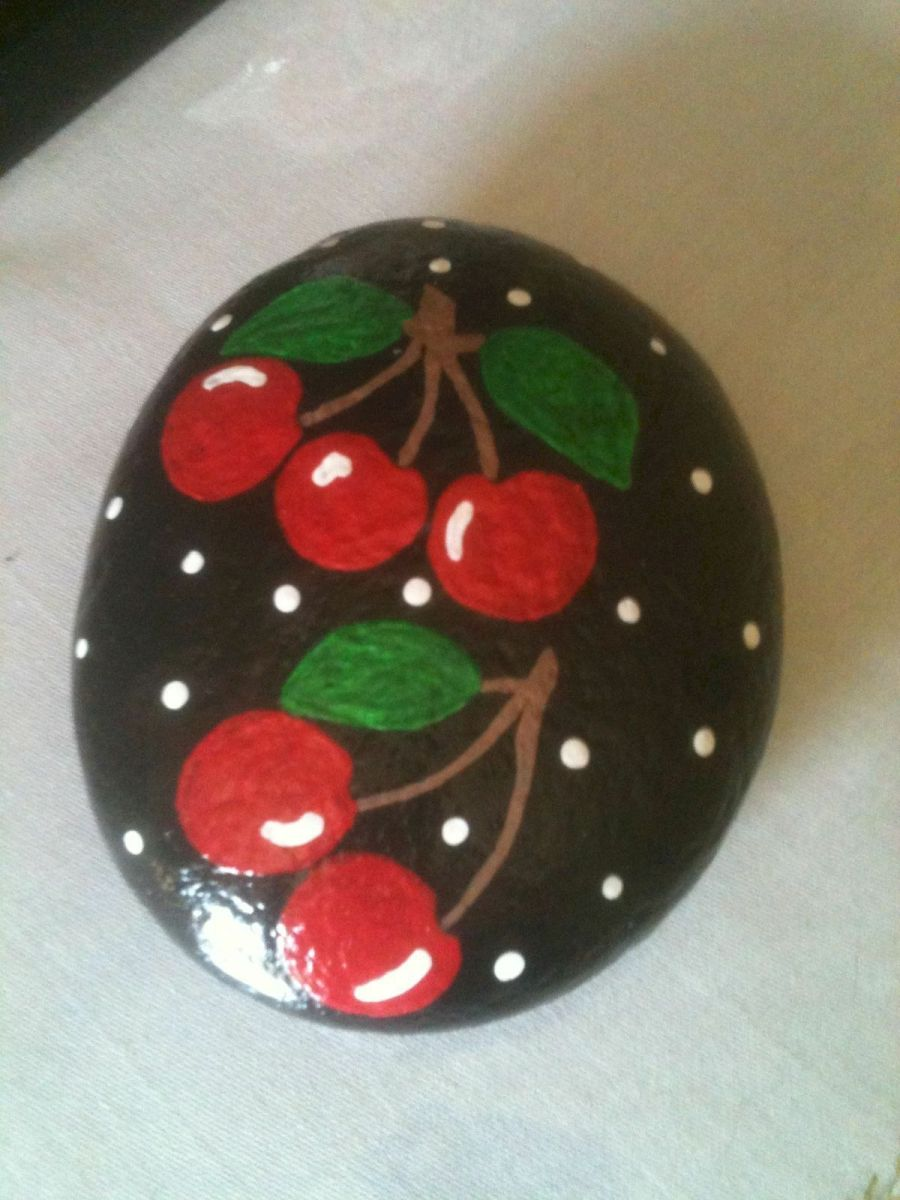40 Awesome DIY Painted Rocks Fruits Ideas (11)