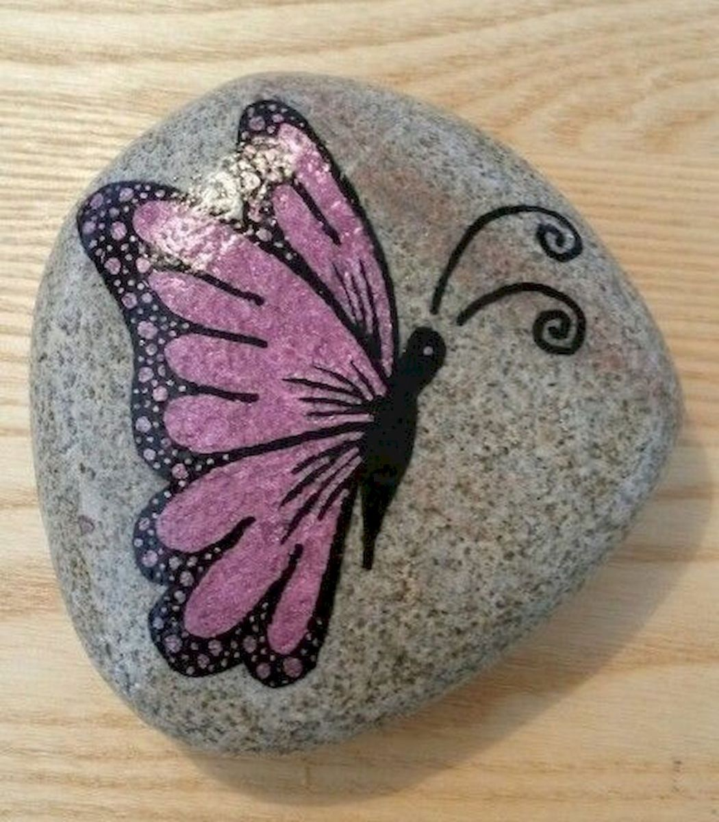 55 Cute DIY Painted Rocks Animals Butterfly Ideas (26)
