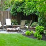 60 Awesome DIY Backyard Privacy Design and Decor Ideas (23)