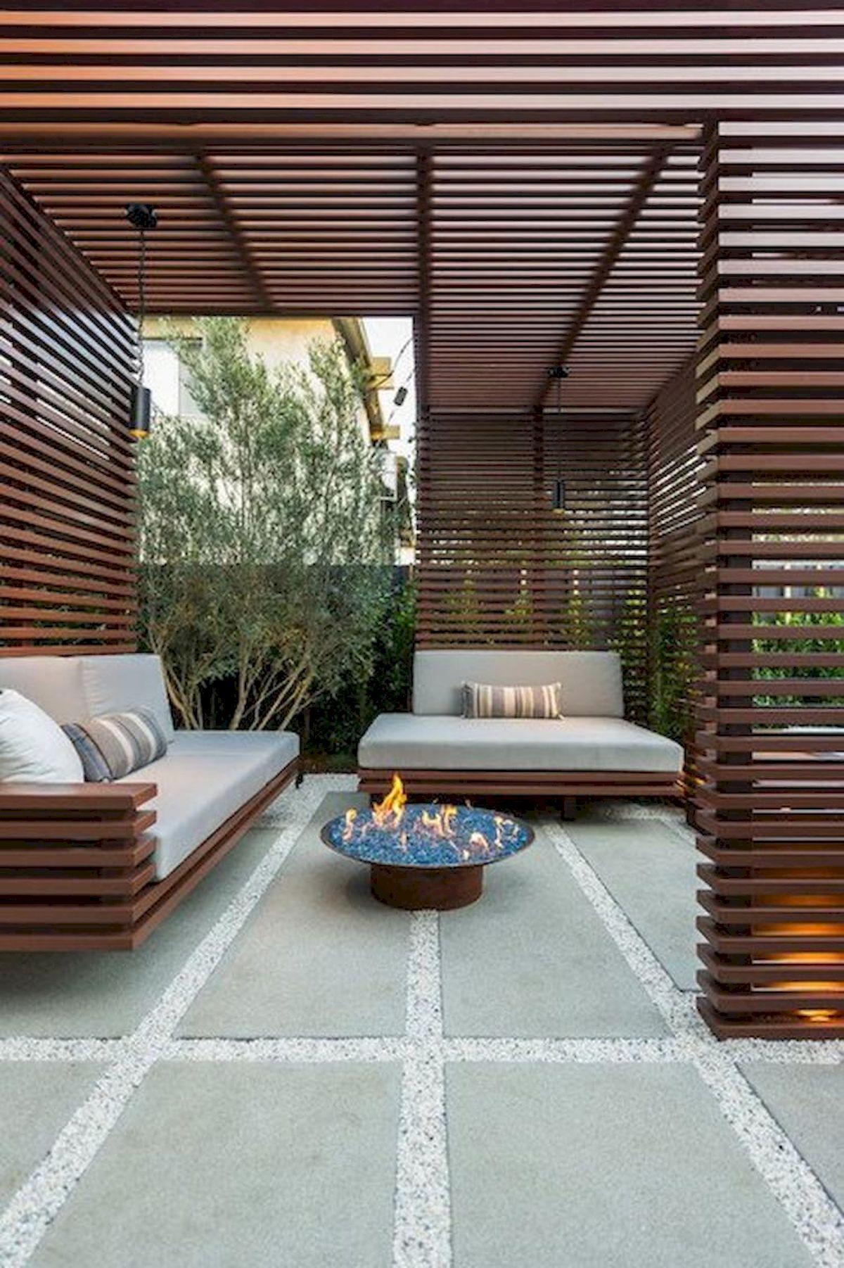 60 Awesome DIY Backyard Privacy Design And Decor Ideas (43)
