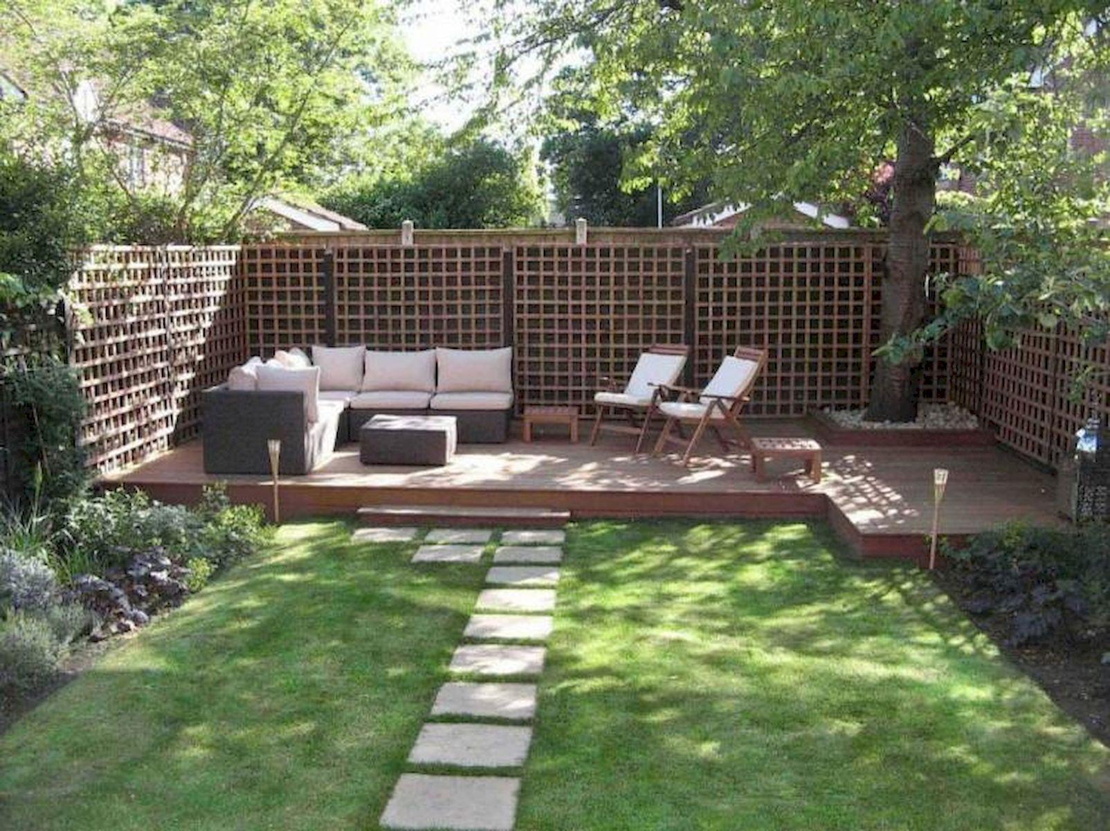 60 Awesome DIY Backyard Privacy Design And Decor Ideas (57)