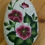 60+ Beautiful DIY Painted Rocks Flowers Ideas (34)