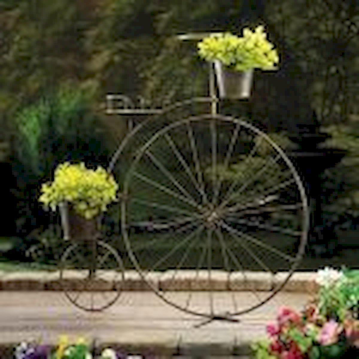 60 Creative DIY Garden Art From Junk Design Ideas (29)