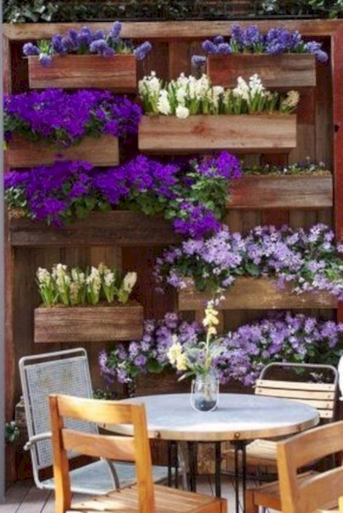 50 Awesome DIY Hanging Plants Ideas For Modern Backyard Garden (17)