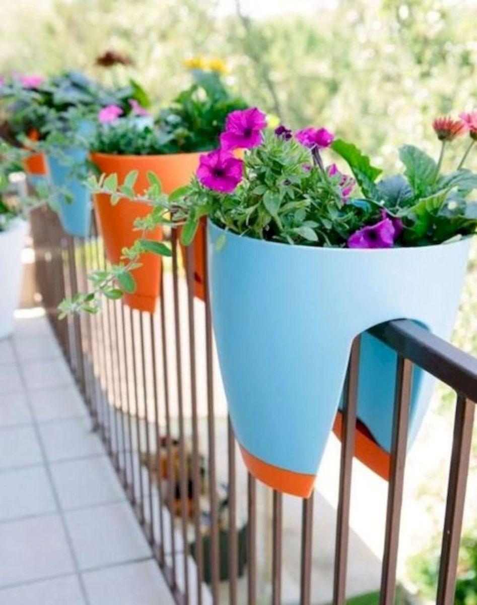 50 Awesome DIY Hanging Plants Ideas For Modern Backyard Garden (31)