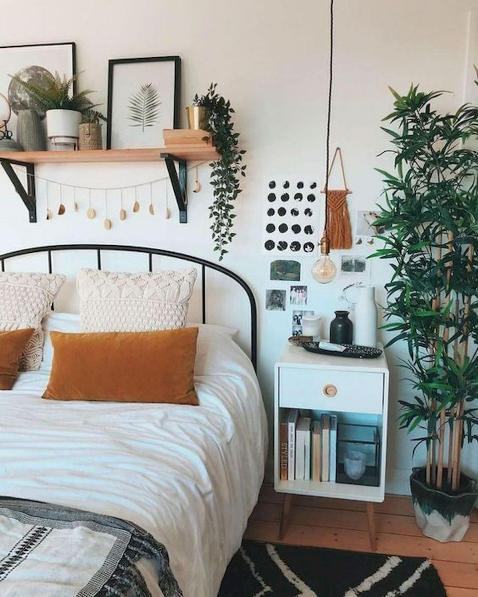 36 Creative DIY Wall Bedroom Decor Ideas That Unique and Beautiful (17)