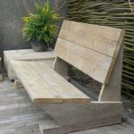 40 Awesome DIY Outdoor Bench Ideas For Backyard And Front Yard Garden (10)