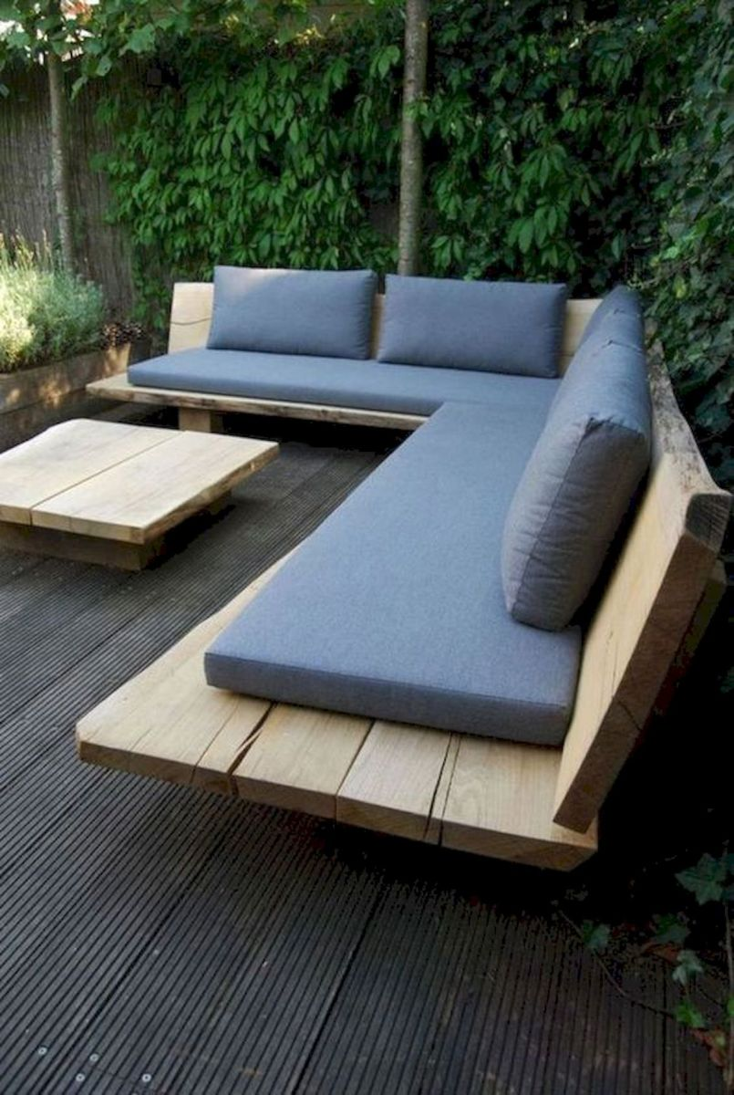 40 Awesome DIY Outdoor Bench Ideas For Backyard and Front Yard Garden (18)
