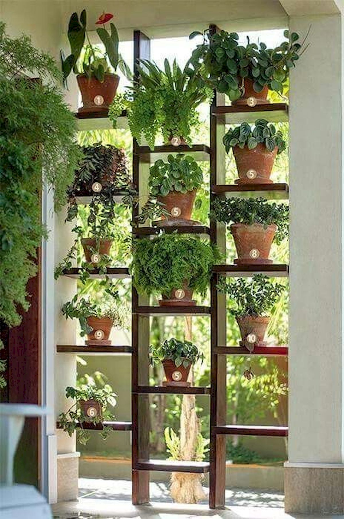44 Creative DIY Vertical Garden Ideas To Make Your Home Beautiful (19)