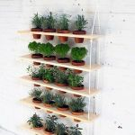 44 Creative DIY Vertical Garden Ideas To Make Your Home Beautiful (7)