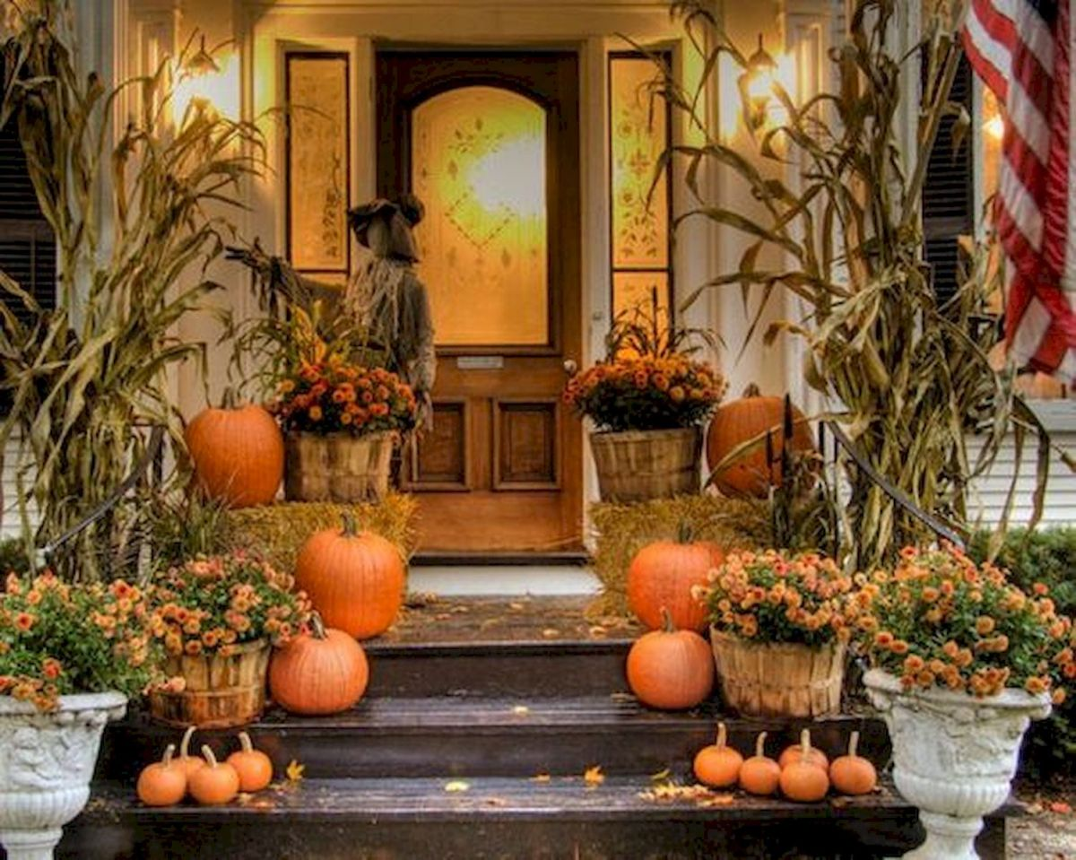 40 Fantastic DIY Fall Front Porch Decorating Ideas (19)