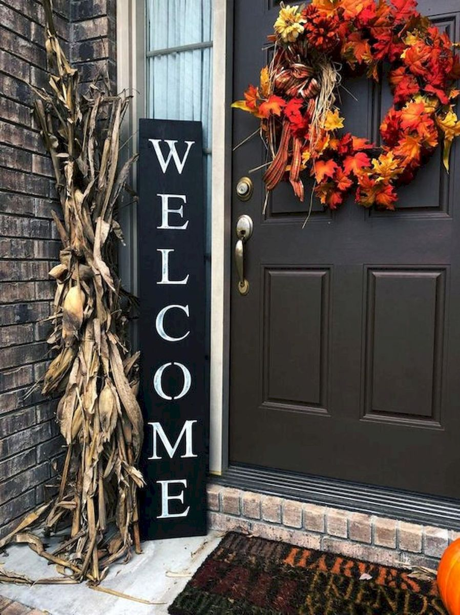 40 Fantastic DIY Fall Front Porch Decorating Ideas (23)