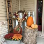 40 Fantastic DIY Fall Front Porch Decorating Ideas (27)