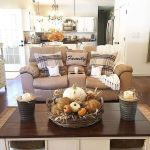 40 Gorgeous DIY Fall Decoration Ideas For Living Room (27)