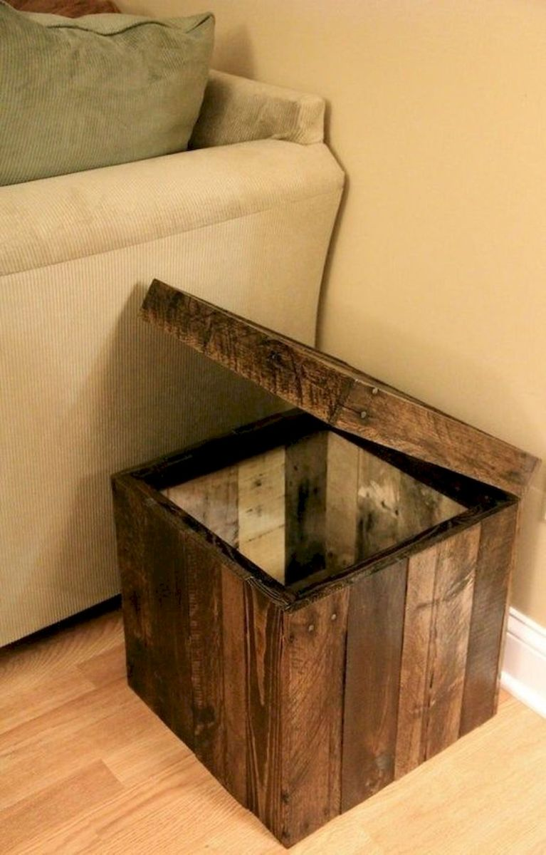 45 Easy and Cheap DIY Wood Furniture Ideas for Small House (38)