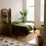 20 Awesome Boho Farmhouse Bedroom Decor Ideas and Remodel (11)