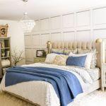 20 Beautiful Coastal Farmhouse Bedroom Decor Ideas and Remodel (11)