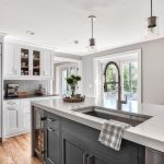 20 Beautiful Modern Farmhouse Kitchens Decor Ideas and Remodel (11)