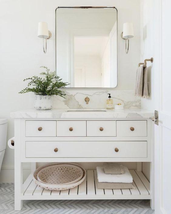20 Stunning Farmhouse Bathroom Vanity Decor Ideas and Remodel (18)