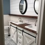 20 Stunning Farmhouse Bathroom Vanity Decor Ideas and Remodel (19)