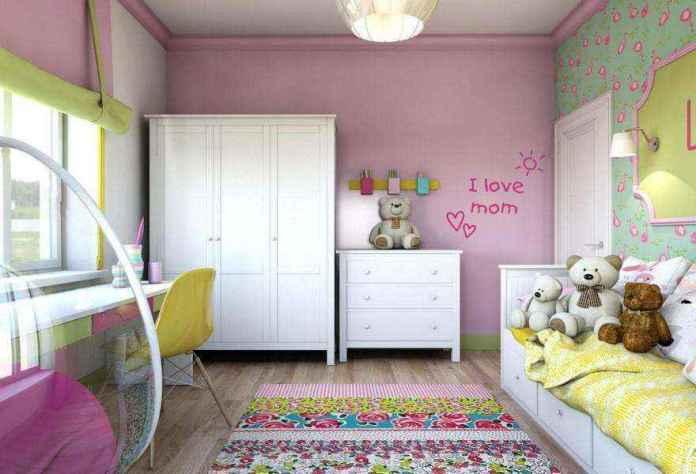 2-light-pink-school-girls-kids-room-interior-with-yellow-accents-white-furniture-wardrobe-chest-of-drawers-carpet-bed-desk-study-area-carpet-roman-blinds | Спальня для девочки ученицы начальных классов