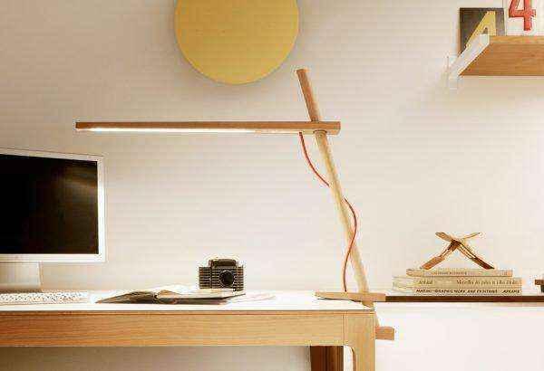 wooden-clamp-architectural-designer-led-table-lamps-600x410 | Необычное рядом: дизайнерские настольные лампы