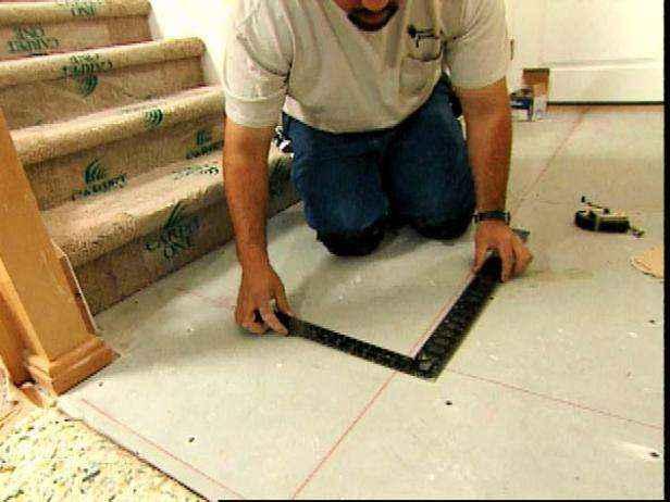 1420851686088 | Как уложить плитку на пол