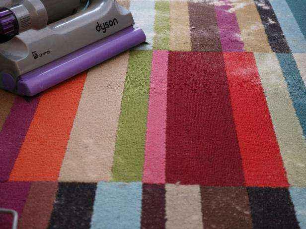 1455655756587 | Как сделать полностью натуральное сухое средство для чистки ковров