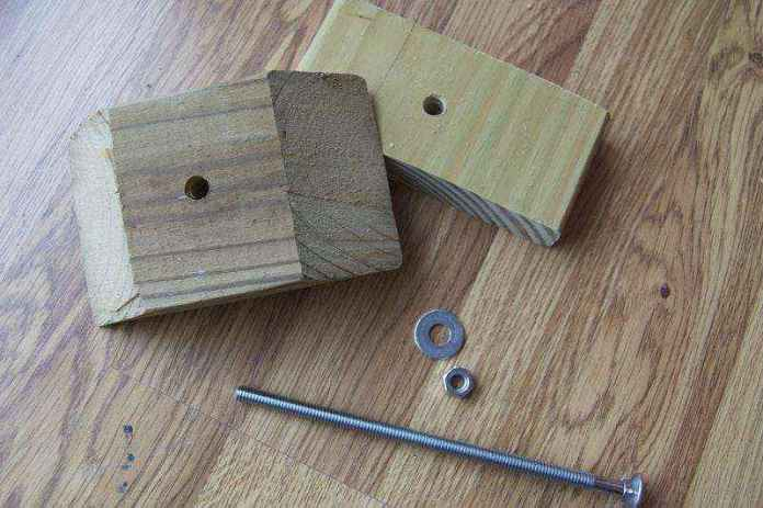 90750d595449e289f9c649c224665ce17ef4bd48 | Как cделать столик из цветочных горшков