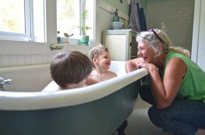 image10-53 | 10 способов обновить ванную при помощи краски