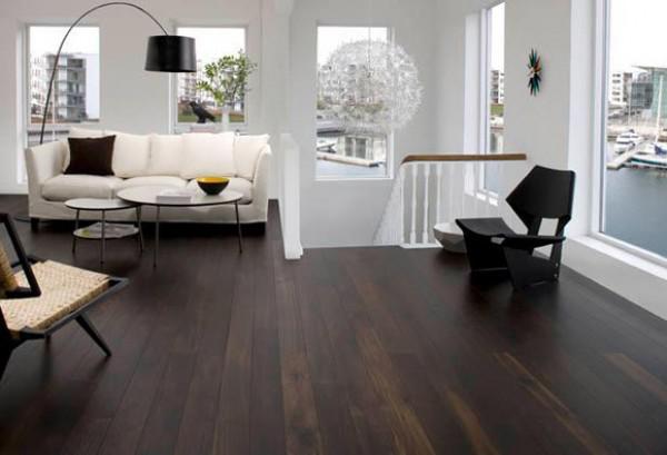 image11-10   30 идей темного деревянного пола в гостиной