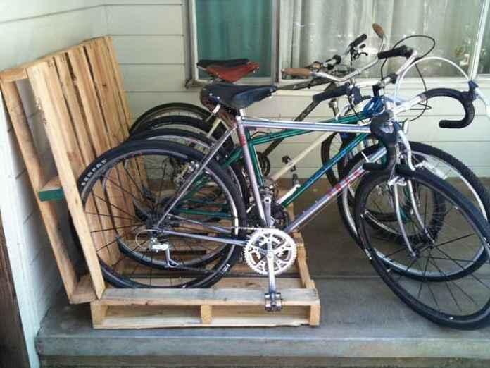 image10-26 | Как сделать стойку для велосипедов из поддонов