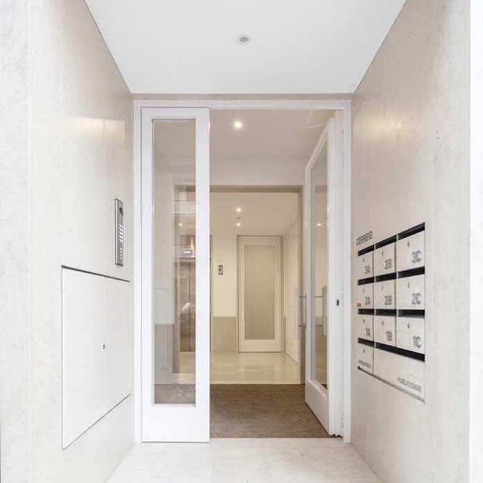 image11-56 | 25 межкомнатных стеклянных дверей в интерьере