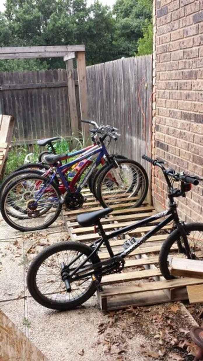 image6-26 | Как сделать стойку для велосипедов из поддонов
