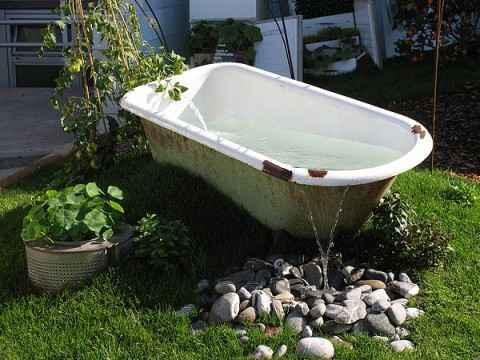 image6-34 | 10 проектов садовых прудиков из ванны своими руками