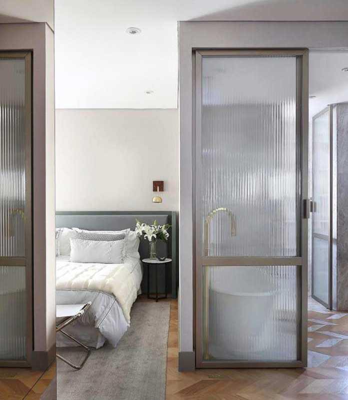 image6-79 | 25 межкомнатных стеклянных дверей в интерьере
