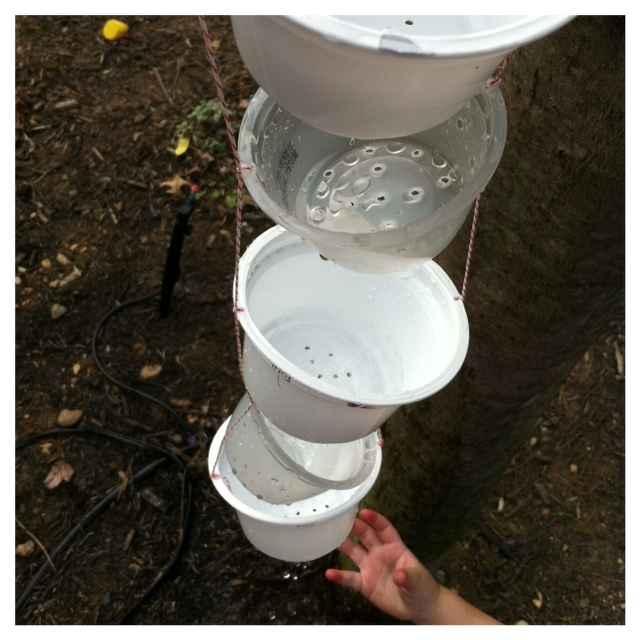 image7-55   Цепь дождя вместо водостока: 16 идей применения