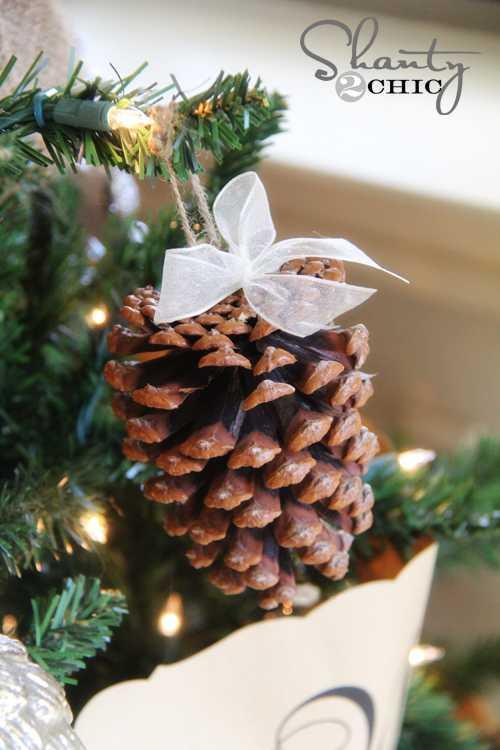 image21 | Праздничный декор из шишек своими руками